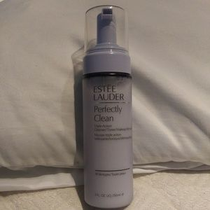 Perfectly clean cleanser/toner/make-up remover